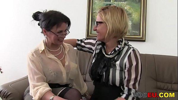 Биринчи марта сикишиши порно